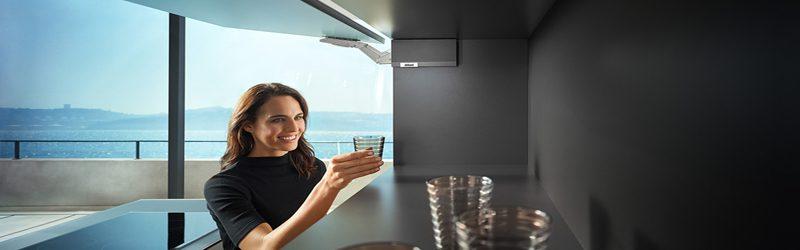 Новый подъёмный механизм Aventos hk top от фирмы «Blum»
